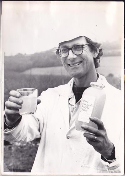 1981 Andrew Helbling